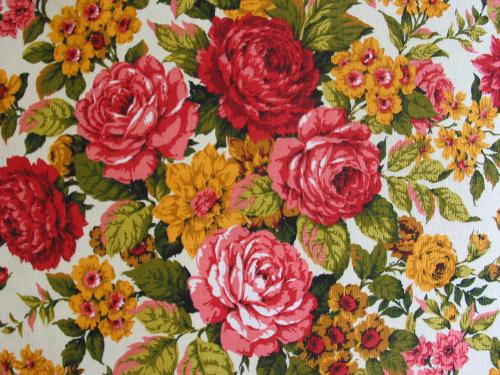 Red, Pink, and Gold Rose Bouquet Fabric